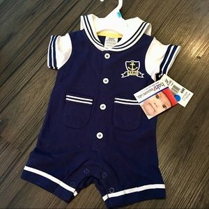 Adorable NWT baby sailor suit size 6 months
